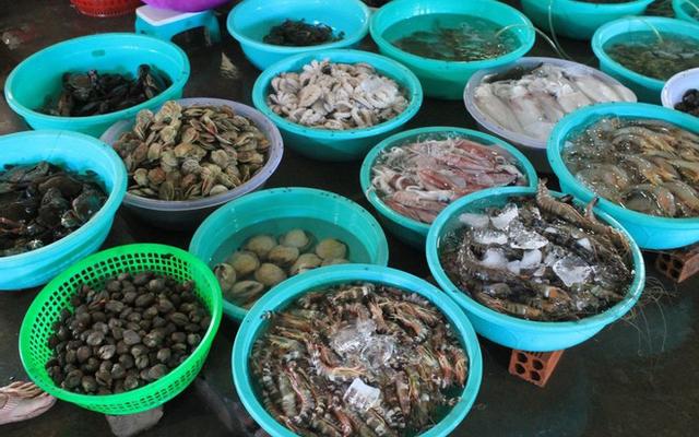 Chợ Hải Sản Cảng Ngọc Hải ở Hải Phòng