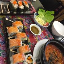 Sakuranbo - BBQ, Sushi 3K & Lẩu Collagen Nhật