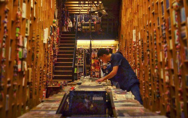 Art Book - Lê Lợi ở TP. HCM