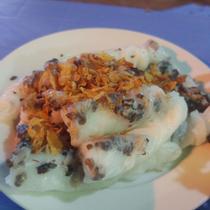 Bánh Cuốn Nóng & Gà Tần - Quan Nhân