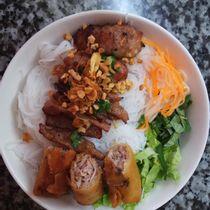 Vị Sài Gòn - Bún Thịt Nướng - Trần Nhật Duật