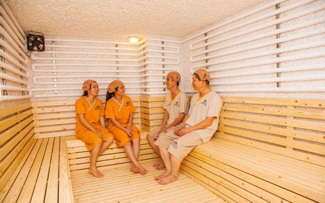 Golden Lotus Healing Spa World - Spa Kiểu Hàn ở TP. HCM