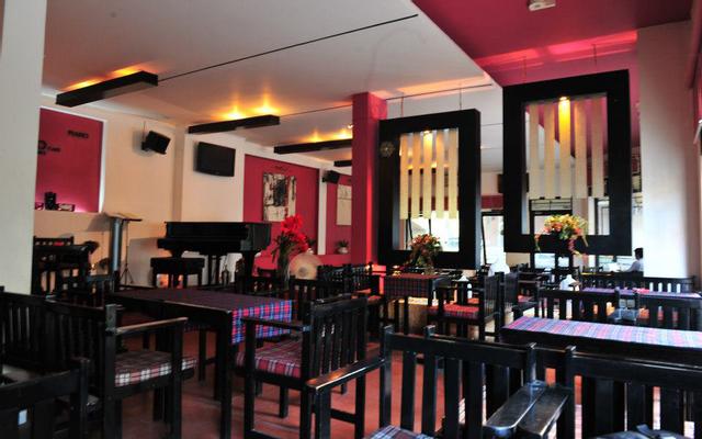 Piano Cafe ở Huế