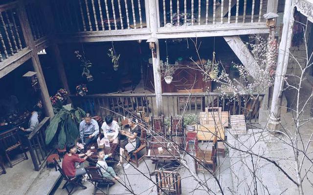 Cafe Phố Cổ Đồng Văn - Không gian cổ điển ở Hà Giang