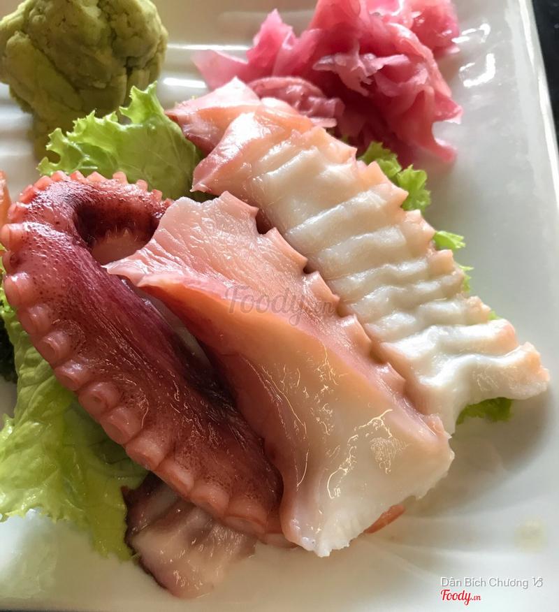 sashimi bạch tuộc