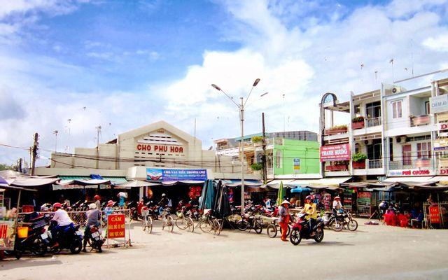 Chợ Phú Hòa ở An Giang