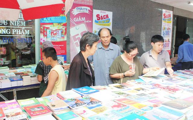 Nhà Sách & Siêu Thị Bình Minh ở Bình Dương