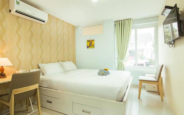 Max Sunflower Hotel & Apartment