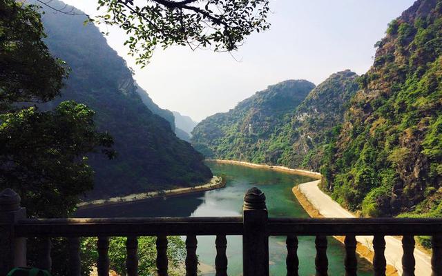 Động Am Tiên ở Ninh Bình