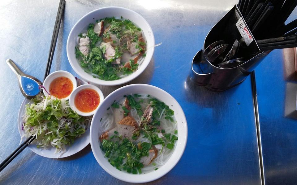 Bánh Canh Chả Cá Nha Trang & Bún Đậu Mắm Tôm