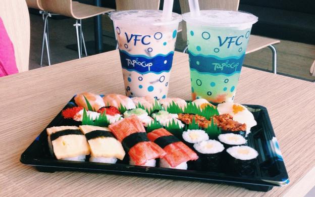 Food Court Parkson CT Plaza, 60A Trường Sơn, P. 2 Quận Tân Bình TP. HCM