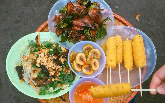 Nộm Thuỷ - Lạc Long Quân ở Hà Nội