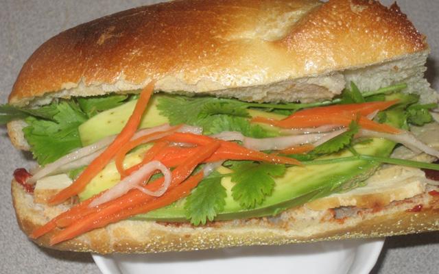 Hương Nam - Bánh Mì Chả Lụa ở Cà Mau