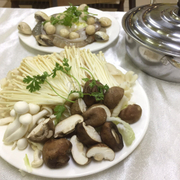 Lẩu nấm hải sản