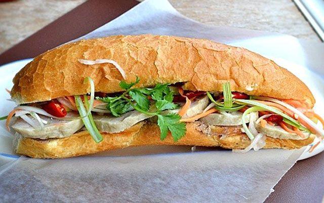 Mỹ Muội - Lò Bánh Mì ở Cà Mau