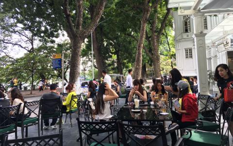 Lục Thủy - Restaurant Lounge