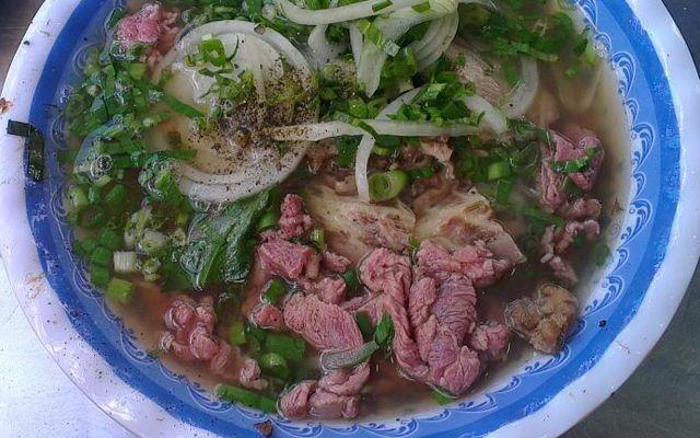 Út Nhung - Phở & Bò Kho