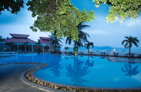 Royal Hotel & Healthcare Resort Quy Nhơn