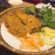 Nét Huế - Royal City