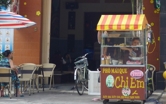 Pho Mai Que Hai Chị Em - Đường 19 ở TP. HCM