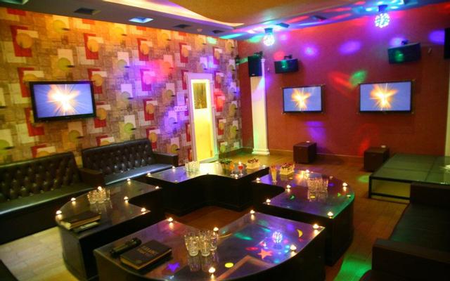 Nhạc Việt Karaoke - Đường Số 61 ở TP. HCM