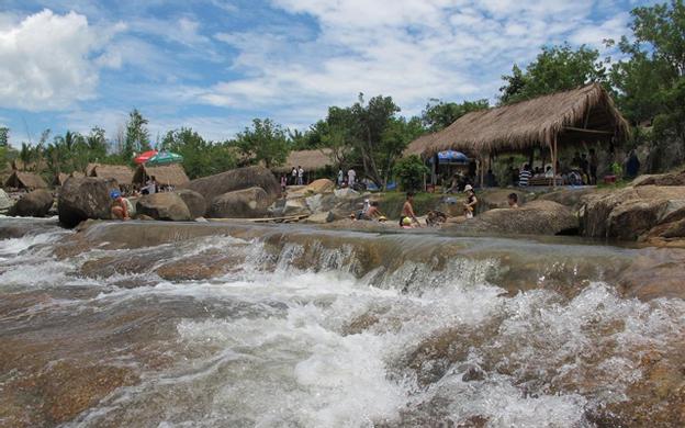 Suối Lau 2, Suối Cát Cam Lâm Khánh Hoà