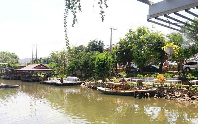 Nhà Hàng Bờ Sông - Hải Sản Tươi Sống ở Vũng Tàu