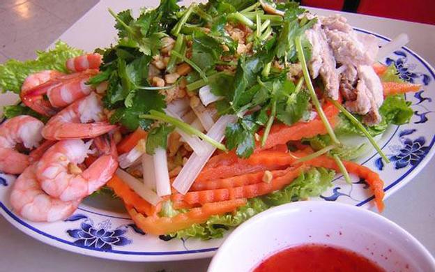 61 Nguyễn Huệ. P. 1 TP. Tân An Long An