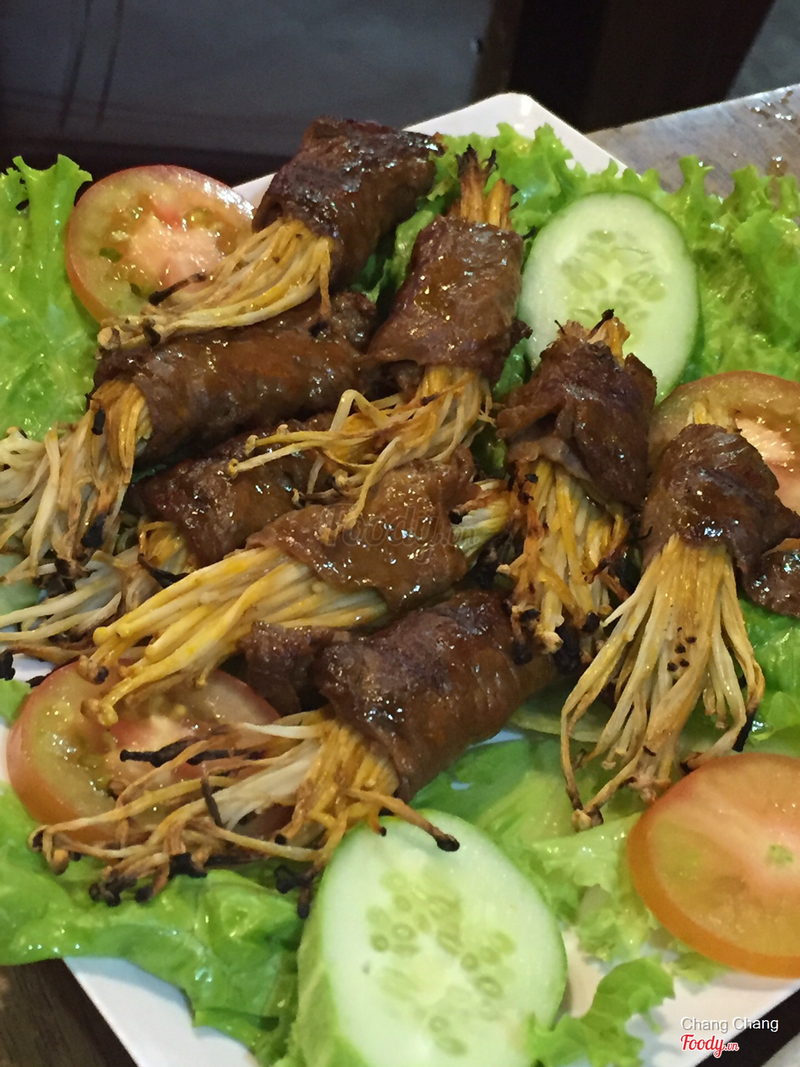 Bò nướng cuộn nấm kim châm