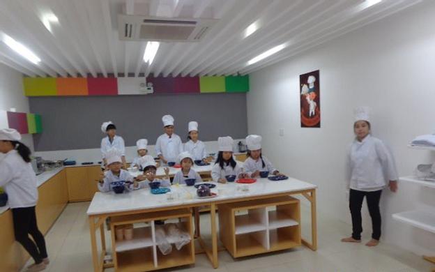 2 - 4 Đường Số 9 Khu Đô Thị Himlam, P. Tân Hưng Quận 7 TP. HCM