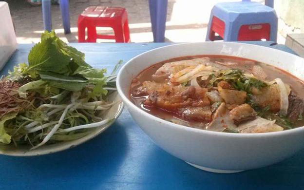 Ngã 3 Đinh Bộ Lĩnh - Điện Biên Phủ Quận Bình Thạnh TP. HCM