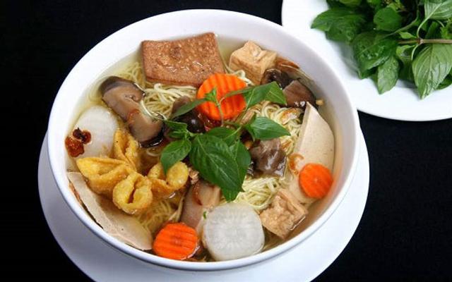 Hủ Tiếu Chay Cô Giang - Cô Giang ở Vũng Tàu