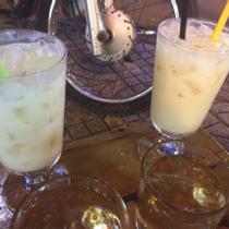Little Saigon Cafe - Cafe Vỉa Hè