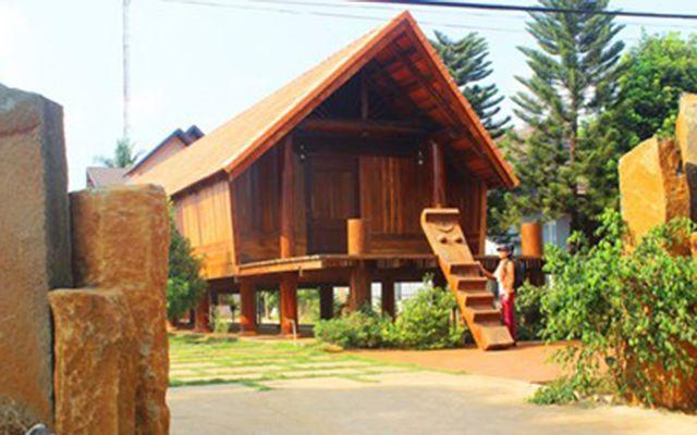 Buôn Ako Dhong ở Đắk Lắk
