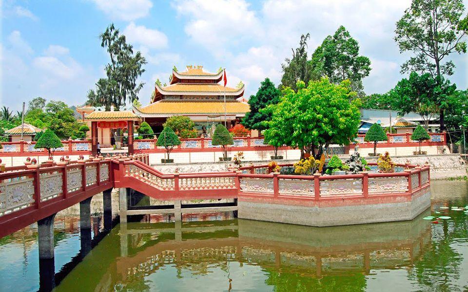 Miếu Bà Chúa Xứ Bàu Mướp ở Tịnh Biên, An Giang | Foody.vn