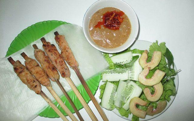 Quỳnh Anh - Bún Thịt Nướng & Nem Lụi ở Huế
