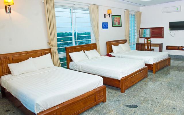 Hoàng Vũ Biển Hồ Hotel ở Gia Lai