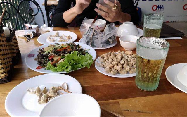 Long Cù - Bia Hơi Hà Nội ở Hà Nội
