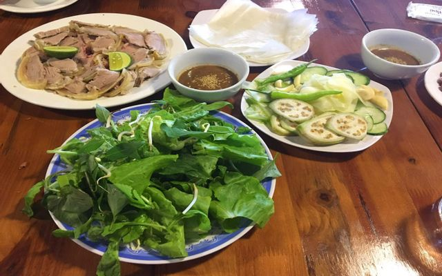 Quang Thắng - Bê Chao & Cơm Tây Bắc ở Sơn La