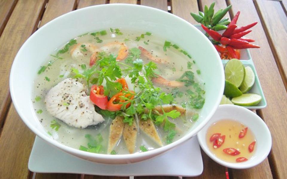Chú Út - Bánh Canh Chả Cá Phan Thiết