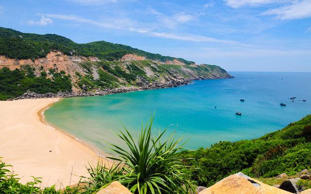 Bãi Biển Bãi Môn ở Phú Yên