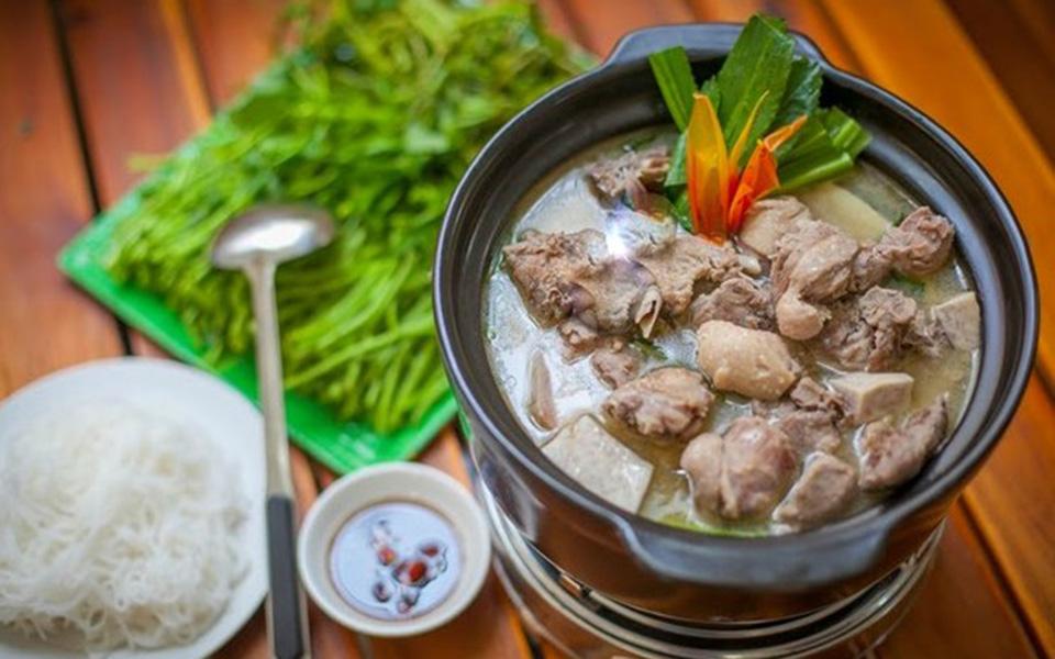 Cẩm Tú 2 - Vịt Nấu Chao