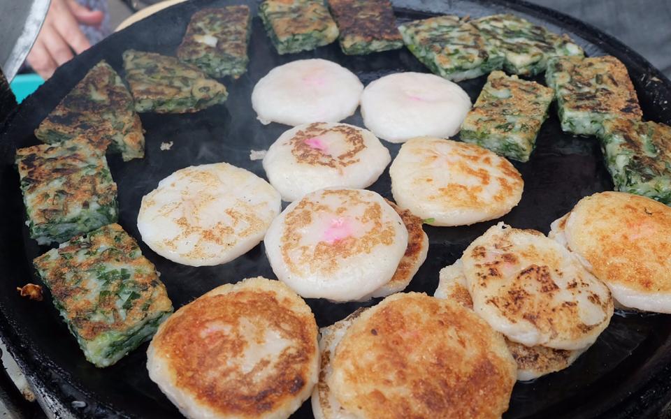Bánh Bạch Tuộc & Bánh Hẹ - Nguyễn Việt Hồng