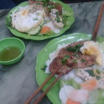 Cơm Tấm Sườn & Bún Thịt Xào - Phú Đô