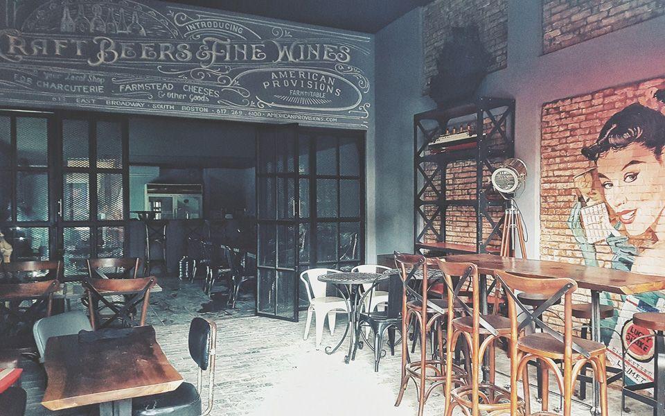 The Great Hornbill - Snackbar & Cafe ở Quận 3, TP. HCM