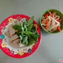 Quê - Bánh Ướt & Bánh Cuốn Nóng