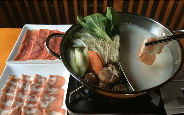 Akabeko Japanese Hotpot & Charcoal Grill - Lẩu Nướng Nhật ở TP. HCM