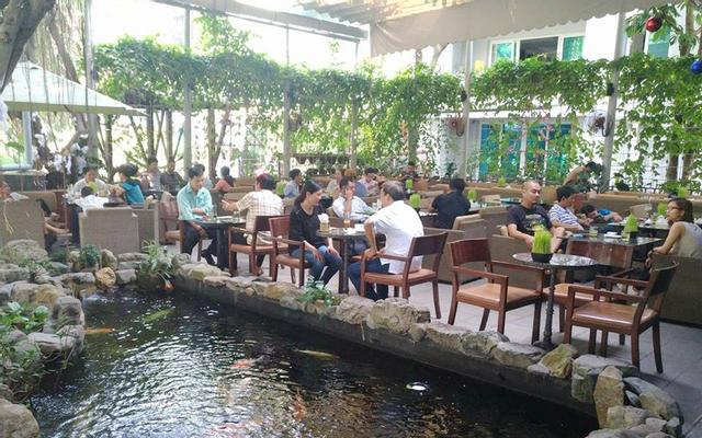 Nhà Hàng MAIA Lounge ở TP. HCM