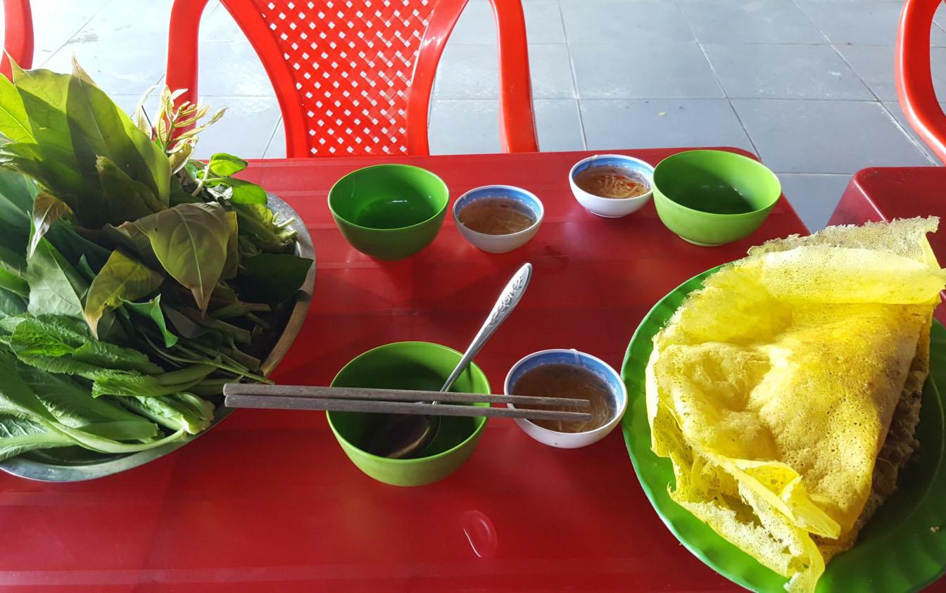 Chè Sài Gòn & Bánh Xèo Nam Bộ