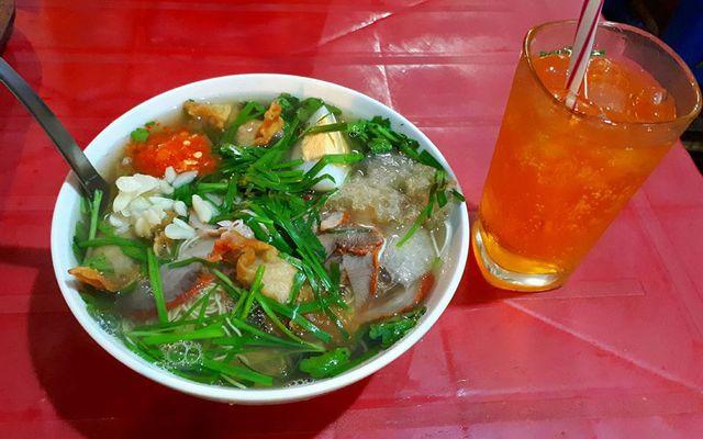 Dung - Mì Vằn Thắn & Sủi Cảo ở Hà Nội